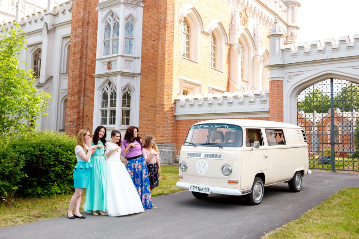 императорские конюшни свадебная фотосессия