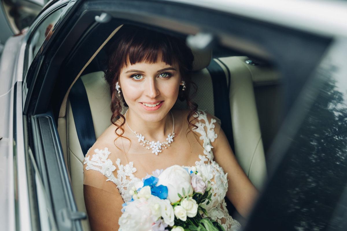 портрет в автомобиле