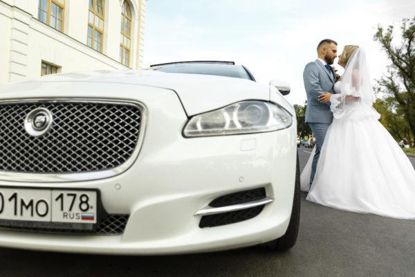 Автомобиль на свадьбу Петергоф